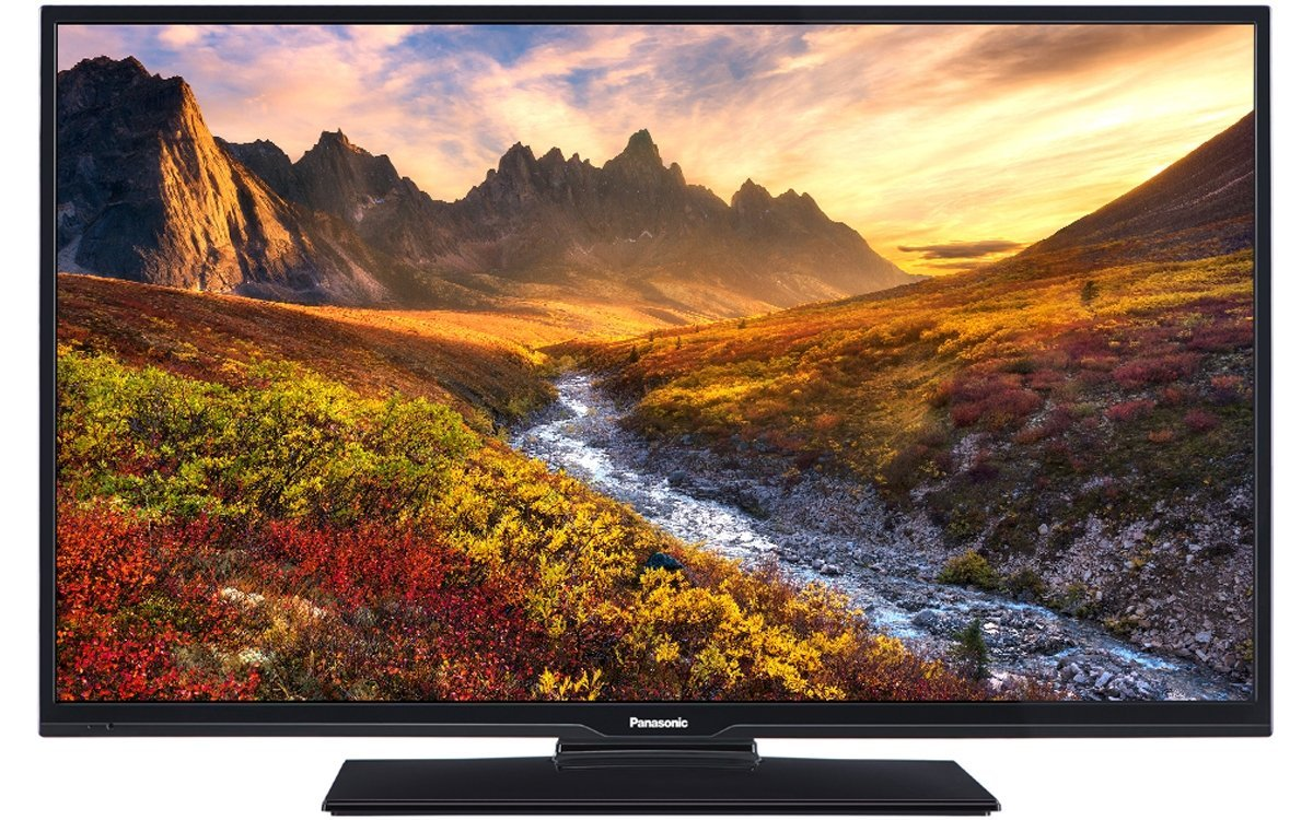 Panasonic TX-40C300B 40 inch Full HD LED 1080p TV with Freeview HD - Black